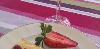 jeux de aux fraises cuisine gateaux gateau très light aux fraises recette sur cuisine actuelle