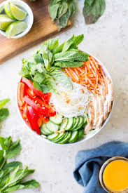 cold noodle salad with ginger lime chicken and sweet chili