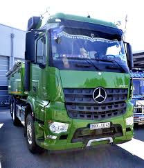 mercedes truck 4x4 mercedes benz arocs wikipedia