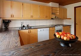 Wood Kitchen Countertops by Pictures Of Kitchens Modern Light Wood Kitchen Cabinets Page 2