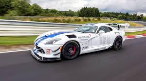 dodge viper crowdfunded dodge viper acr records 7 03 45 on first u0027ring run
