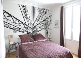 chambre avec papier peint agrandir une chambre avec du papier peint en tête de lit