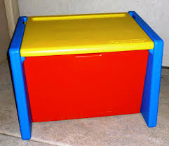 vintage fisher price toy box that doubles as a desk 1991 fun