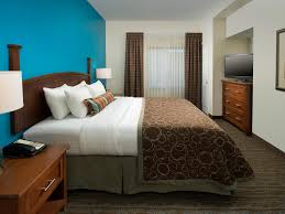 king bedroom suite 1 king bed 1 bedroom suite at staybridge suites baltimore bwi