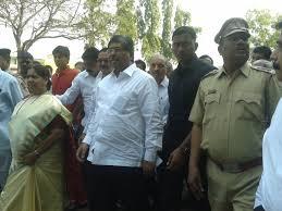 vashi market minister for cooperation and marketing chandrakant patil visits