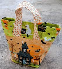 diy halloween trick or treat bags for kids blissfully domestic