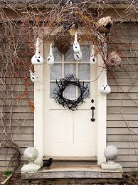 20 diy ghoulish halloween ghost decorations shelterness