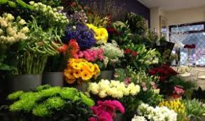 flower delivery near me find the closest local florist near me