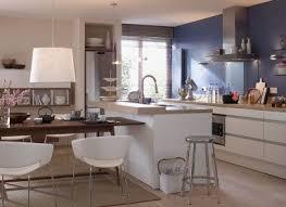 freistehende kochinsel mit tisch kchen mit kochinsel und esstisch huboonline wohnideen design