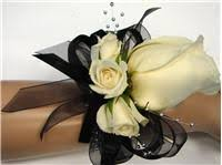 prom corsage ideas start planning for prom now 4 flower corsage and boutonniere ideas