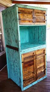 Pallet Kitchen Island by Kitchen Hutch Made From Pallets