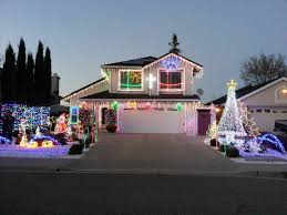 Christmas Lights House by Best Christmas Lights And Holiday Displays In Antioch Contra