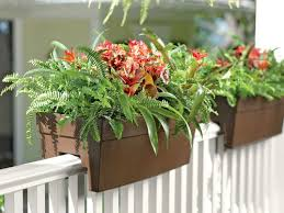 Self Watering Planters by Self Watering Containers Garden Pots U0026 Planters
