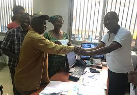 bureau du premier ministre communique de presse du gouvernement de guinee le bes du premier