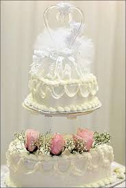 wedding cake on a budget cheap wedding cake toppers discount wedding cake toppers