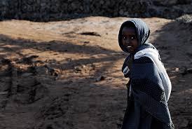film petualangan wanita gambar berjalan orang orang gadis wanita jalan petualangan