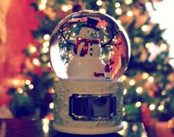 make a wish snowman water globe givemerry