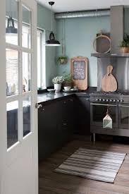 kitchens interiors une maison en vert de gris kitchens interiors and decoration