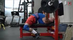 what should i be benching for my weight how to improve your bench press arch powerliftingtowin