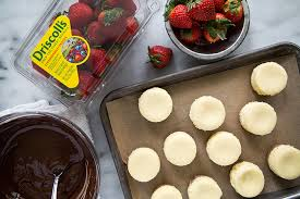 Where To Buy Chocolate Dipped Strawberries Chocolate Strawberry Cheesecake The Little Epicurean