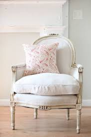 French Designs For Bedrooms by Best 25 French Armchair Ideas On Pinterest French Furniture