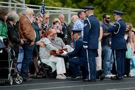 Military Funeral Flag Presentation Mcchord Field Honor Guard Honors Vietnam War Veteran U003e Air