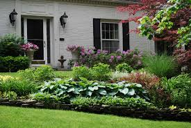 Front Yard Landscape Ideas by Pictures Of Front Yard Landscaping Zone5 Zone Five And A Half