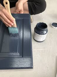 what type of paint brush for kitchen cabinets how to not get brush strokes when painting fusion mineral