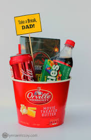 fathers day gift basket an easy s day gift basket for the who needs a