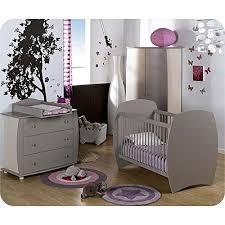 accessoires chambre bébé 10 accessoires pour décorer la chambre de bébé du sol au plafond