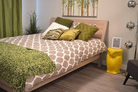how to make a bed like a pro how to design your bedroom like a pro domestications bedding