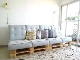 faire un canapé avec un lit fabriquer un canapé avec un matelas stuffwecollect com maison fr