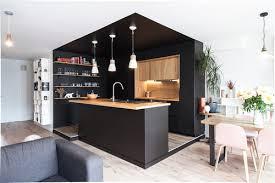 plafond de cuisine tendance les plafonds de couleur structurent la déco femme actuelle