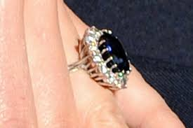 fiancee ring photo gallery kate middleton s engagement ring