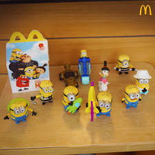 despicable me 3 minions mcdo happy meals collections pskmc