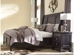 Diana Bedroom Set Ashley Ashley Bedroom Sets Black Shay Poster Bedroom Set In Blackposter