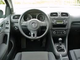 file vw golf vi 1 4 comfortline deep black interieur jpg