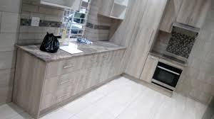 esperanza oak kitchen cabinets esperanza oak beautiful cupboards
