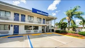 motel 6 lakeland hotel in lakeland fl 53 motel6 com