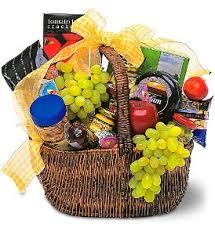 picnic gift basket gourmet picnic basket gift basket in lauderhill fl a royal