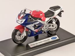 honda cbr rate honda cbr 900rr fireblade 1 18 scale model welly