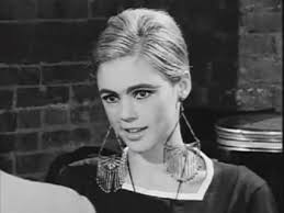 edie sedgwick earrings edie sedgwick gif find on giphy
