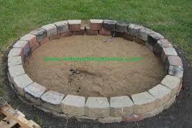 Firepit Brick How To Build A Simple Backyard Pit Pit Bricks Ship Design