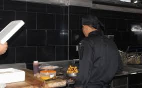 cuisine casher ouverture du seul restaurant casher en équateur the times of israël