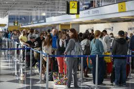 Chicago il nearly 750 flights canceled in chicago due to