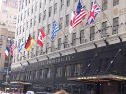 black friday bloomingdales 2017 bloomingdale u0027s new york city all you need to know before you