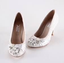 pearl wedding shoes handmade ivory lace pearl wedding shoes prom closed toe