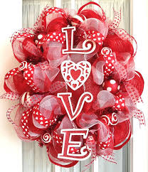Valentine Decoration Ideas On Pinterest by 306 Best Valentine Wreaths Images On Pinterest Valentine Ideas