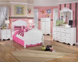 Design A Youth Bedroom Signature Design By Ashley Lil U0027 Darling Full Ornate Poster Bed