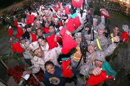 post your holiday messages for the troops